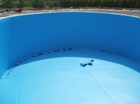 oválný bazén